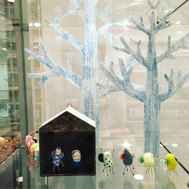 本の虫たち。群馬県前橋にあるHOTEL1-2-3の1階ロビーにて常設展示しております。今は冬バージョンです。